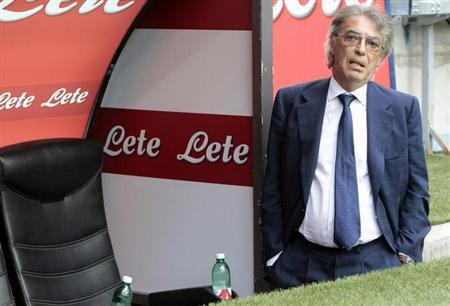 Inter Milan's president Massimo Moratti looks on before the start of their Italian Serie A soccer match against Genoa at the San Siro stadium in Milan August 25, 2013. REUTERS/Alessandro Garofalo
