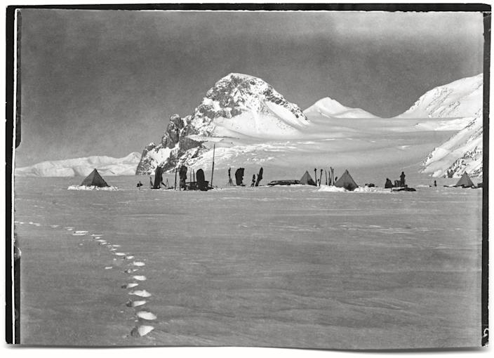 """Looking south-south-west towards the Granite Pillars from the Lower Glacier Depot, Beardmore Glacier, 11 December, 1911.<br><br>(Photo credit: ©2011 Richard Kossow)<br><br>For more information on """"The Lost Photographs of Captain Scott"""" and where to buy the book, visit <a href=""""http://www.hachettebookgroup.com/books_9780316178501.htm"""" rel=""""nofollow noopener"""" target=""""_blank"""" data-ylk=""""slk:hachettebookgroup.com"""" class=""""link rapid-noclick-resp"""">hachettebookgroup.com</a>"""