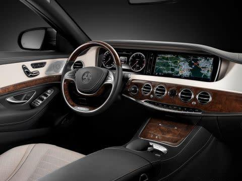Advanced infotainment system for Mercedes S Class by HARMAN
