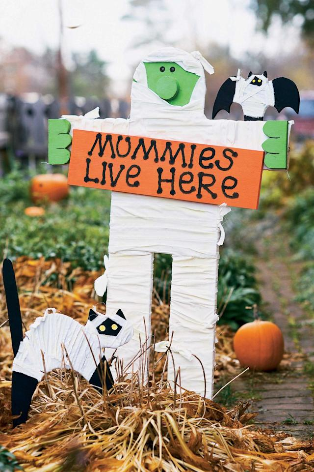 "<p>Get wrapped up in the Halloween spirit with this crafty sign.</p><p><a rel=""nofollow"" href=""https://www.womansday.com/home/crafts-projects/a90/mummy-sign/""><strong>Get the tutorial.</strong></a></p>"