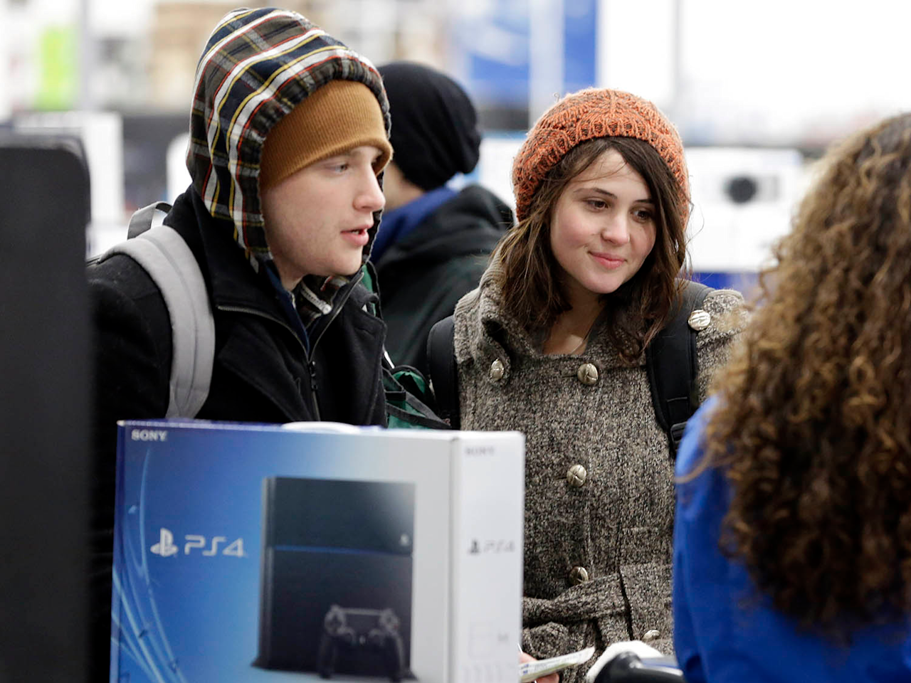There's a 'dumb reason' why PlayStation and Xbox gamers can't play online together, according to a former Sony insider