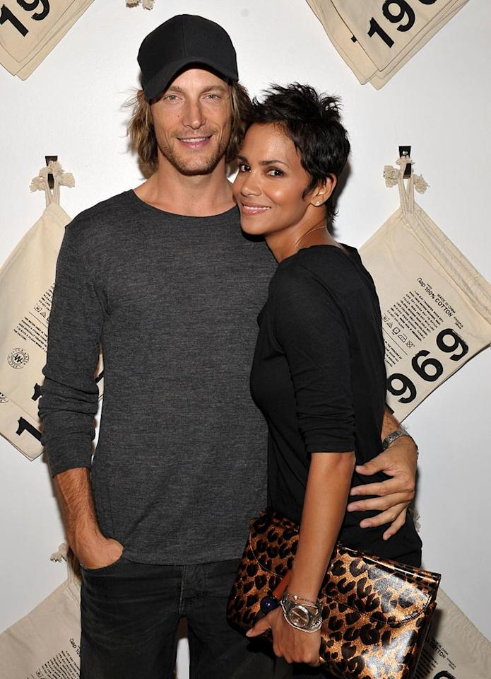 "<a href=""/halle-berry/contributor/31189"">HALLE BERRY</a>: 43 // GABRIEL AUBRY: 33 // AGE DIFFERENCE: 9 YEARS, 7 MONTHS                  -- The Oscar winner and her main squeeze may not have a marriage certificate, but they do have an adorable baby girl, Nahla Ariela Aubry, who was born on March 16, 2008."