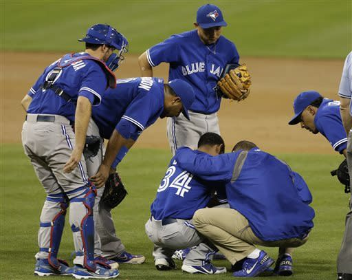 DeRosa's 11th-inning HR helps Blue Jays to win