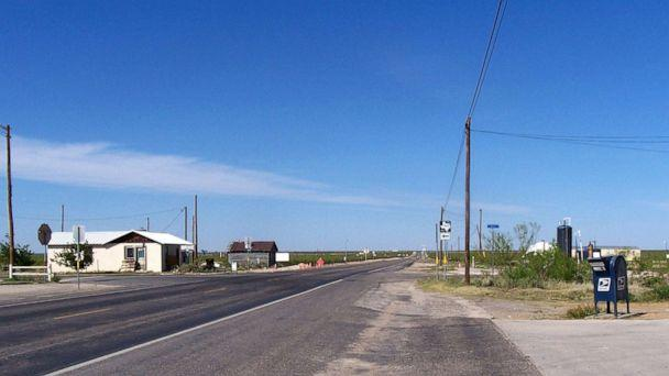 PHOTO: State highway 302 in Mentone, Texas, the only town in Loving County in far West Texas, April 18, 2007. The 2000 Census shows just 67 residents in the county. (Alicia A. Caldwell/AP, FILE)