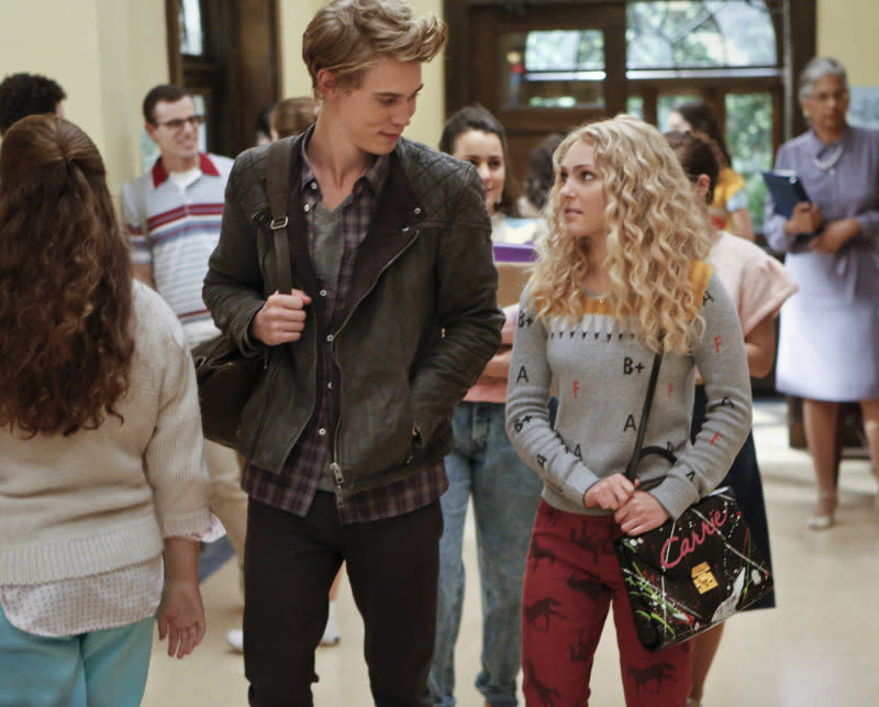 """""""The Carrie Diaries"""" -- """"Lie With Me"""""""