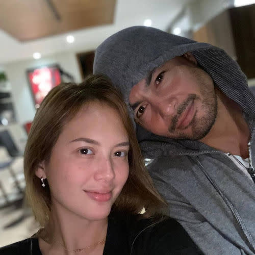 Derek Ramsay with girlfriend Ellen Adarna