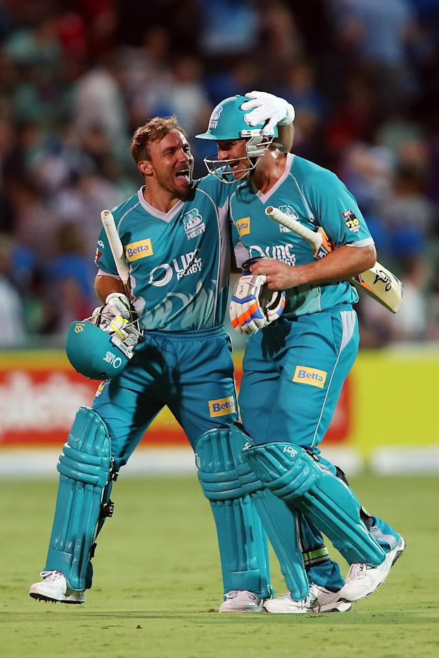 ADELAIDE, AUSTRALIA - DECEMBER 13: Chris Hartley and Peter Forrest of the Heat celebrates after the Big Bash League match between the Adelaide Strikers and the Brisbane Heat at Adelaide Oval on December 13, 2012 in Adelaide, Australia.  (Photo by Morne de Klerk/Getty Images)