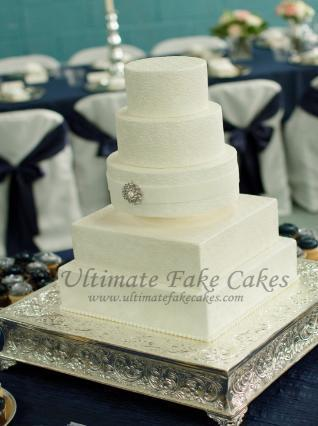 Brides Are Able To Preview The Cakes Before Big Day And Even Follow Progress Of Their Creation Most Dont Get See Cake