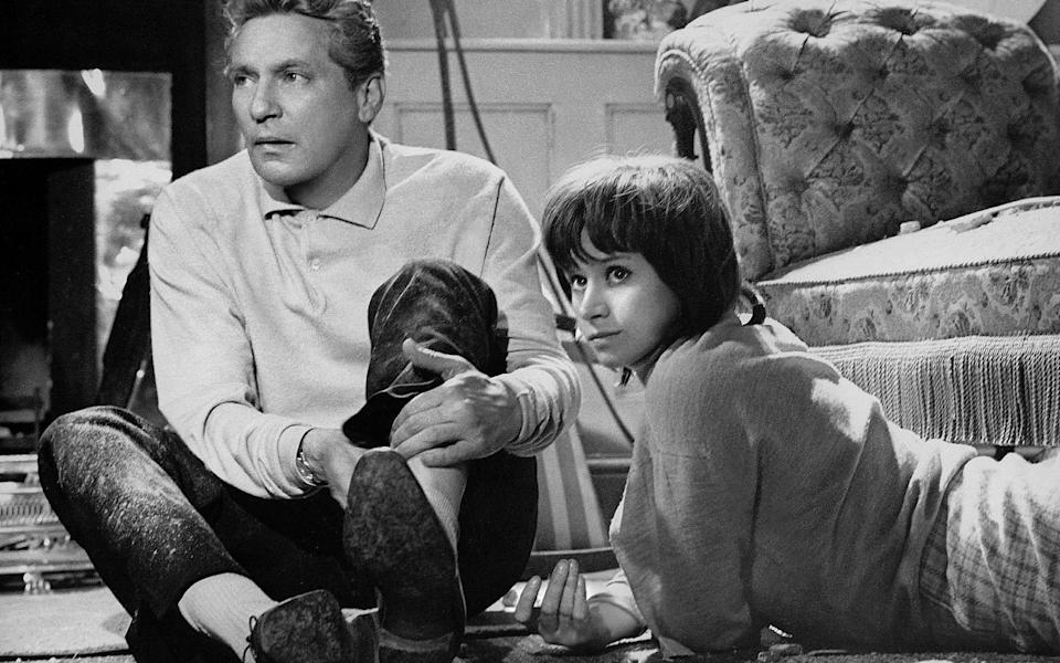 Peter Finch and Rita Tushingham in Girl With Green Eyes, which was widely regarded as Davis's best work - AF archive/Alamy