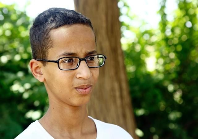 "Ahmed Mohamed, who was 14 at the time, became an internet sensation after being handcuffed and detained for hours for bringing his ""invention"" -- a circuit board wired to a digital display -- to school in the Texas city of Irving, near Dallas (AFP Photo/ASHRAF SHAZLY)"