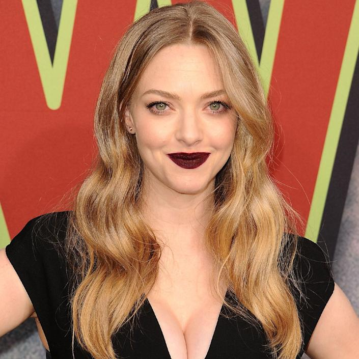 """Amanda Seyfried's hair is not quite brunette, not quite blonde, but every single bit dynamic and flattering. (Don't even <em>think</em> about uttering the word mousy.) """"Seyfried's color creates a soft glow on her skin while also adding more definition to her features because of the dimension and depth throughout the color,"""" says colorist and <a href=""""https://ruskhair.com/"""" rel=""""nofollow noopener"""" target=""""_blank"""" data-ylk=""""slk:Rusk"""" class=""""link rapid-noclick-resp"""">Rusk</a> artistry director <a href=""""https://www.instagram.com/lgibsoncolorist/?hl=en"""" rel=""""nofollow noopener"""" target=""""_blank"""" data-ylk=""""slk:Laura Gibson"""" class=""""link rapid-noclick-resp"""">Laura Gibson</a>. Ask your stylist for a soft golden sombré (a subtle ombré) to achieve this look. They can choose the root color based on your skin tone — and you're good to go."""