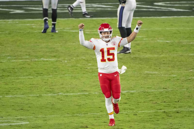 AFC West report after Week 3: Chiefs win 12th straight, sit alone atop division