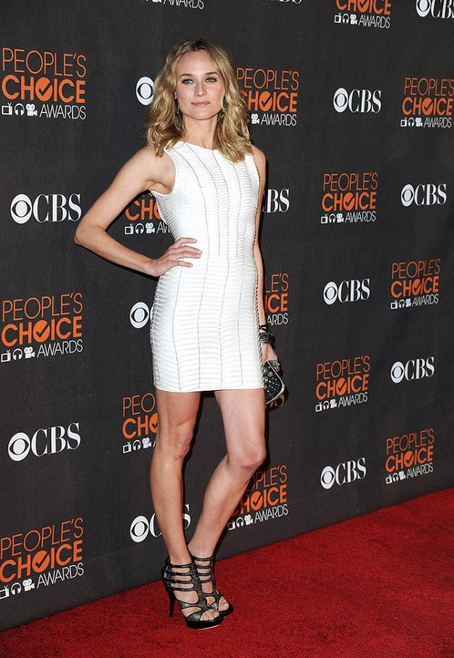 """German beauty Diane Kruger strutted her stuff in a simple yet stunning Herve Leger sheath and fierce gladiator heels before her international box office hit """"Inglourious Basterds"""" won Favorite Independent Movie. Steve Granitz/<a href=""""http://www.wireimage.com"""" target=""""new"""">WireImage.com</a> - January 6, 2010"""