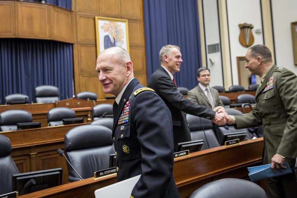 Lt. Gen. Edward Cardon, left, commander of U.S. Army Cyber Command.. (Drew Angerer/Getty Images)