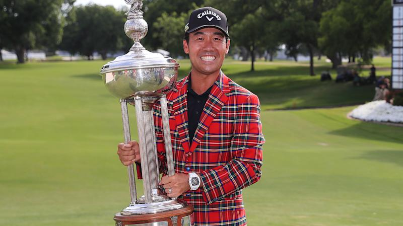 Kevin Na with Charles Schwab Challenge trophy