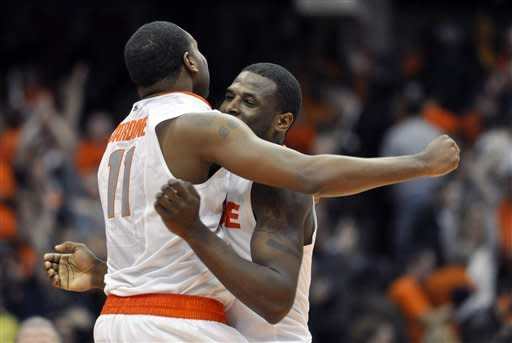 No. 3 Syracuse holds off West Virginia 63-61