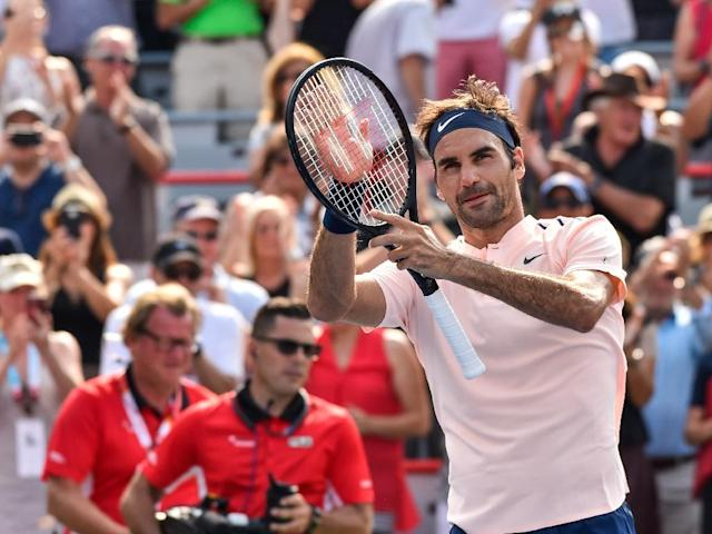Roger Federer of Switzerland celebrates his ATP Rogers Cup quarter-final victory over Roberto Bautista Agut of Spain, at Uniprix Stadium in Montreal, Canada, on August 11, 2017 (AFP Photo/Minas Panagiotakis)