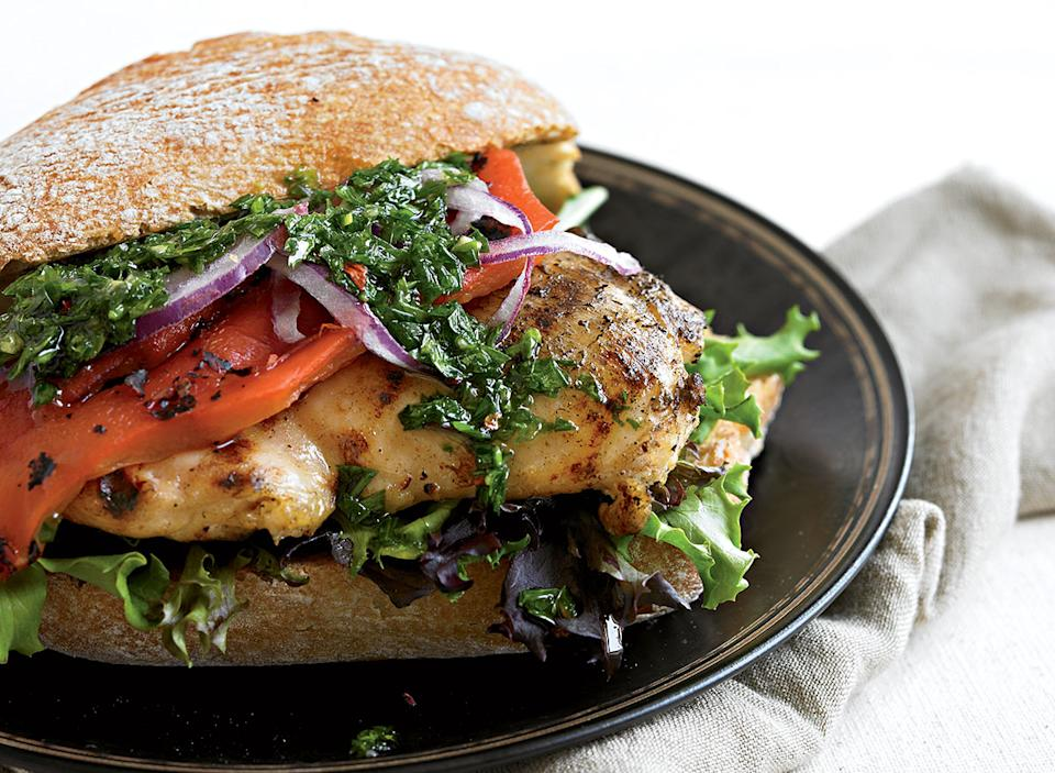 Healthy grilled chicken sandwich with chimichurri