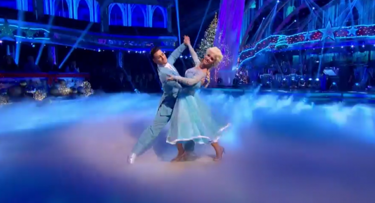 Frankie & Gorka delight with Let It Go on Strictly's Christmas Special