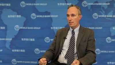 World Bank country director for China Martin Raiser says China's post-pandemic economic recovery could offer a lesson for its next five-year plan. [Photo/chinadaily.com.cn]