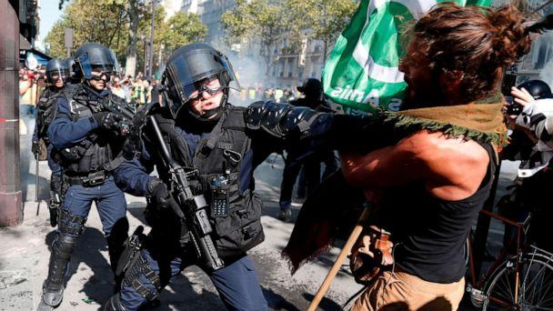 PHOTO: A demonstrator clashes with riot policemen during the Climate Change protest, on Sept. 21, 2019 in Paris. (Zakaria Abdelkafi/AFP/Getty Images)