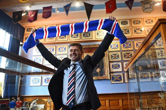 Rangers manager Steven Gerrard says he won't obsess about Celtic (AFP Photo/ANDY BUCHANAN )