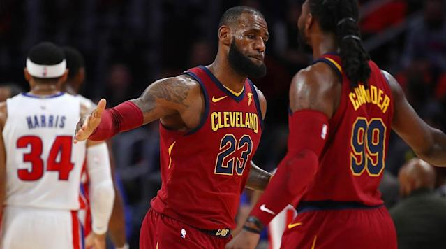 """<p>Welcome back to The Crossover's weekly NBA Power Rankings. Hope you're out of your Thanksgiving food coma, because big things are happening in the NBA! The Cavs have suddenly become the league's hottest team, the Warriors are playing angry again, and Lance Stephenson is BACK! At the moment, it seems the number of teams with reasons for optimism grows larger each week, which makes for more entertaining games on a nightly basis. It's a good time to be an NBA fan, so get to your television sets. Now, let's see how the league's looking...</p><p><em>(All stats and records used through Nov. 26).</em></p><p><strong>30. Chicago Bulls (3–15)<br>Last Week: 30</strong><br>The Bulls scored just 13 points in a quarter on Sunday...and still led by SIX! Chicago has really put on its best tanking shoes of late, but even the best struggle sometimes. (They'd eventually lose, thank goodness.)</p><p><strong>29. Phoenix Suns (7–14)<br>Last Week: 26</strong><br>It seemed like Greg Monroe was well on his way to driving up his trade stock after a 20-point, 11-rebound game against the Rockets in his debut, but he's scored just 46 points in five games since then.</p><p><strong>28. Atlanta Hawks (4–16)<br>Last Week: 27</strong><br>Who the hell is Josh Magette and how did he become a rotation player?</p><p><strong>27. Sacramento Kings (5–14)<br>Last Week: 28</strong><br>I realize no one will ever forgive Vivek for thinking Buddy Hield was <a href=""""https://www.si.com/nba/game/1947727"""" rel=""""nofollow noopener"""" target=""""_blank"""" data-ylk=""""slk:the next Stephen Curry"""" class=""""link rapid-noclick-resp"""">the next Stephen Curry</a> (and they probably shouldn't!) but Hield can be a legit scorer in this league. Thanks to <a href=""""https://www.si.com/nba/game/1947727"""" rel=""""nofollow noopener"""" target=""""_blank"""" data-ylk=""""slk:that crazy outburst on Saturday"""" class=""""link rapid-noclick-resp"""">that crazy outburst on Saturday</a>—where he legitimately looked like Kobe Bryant for a quarter—he's up to 44% shooting from """