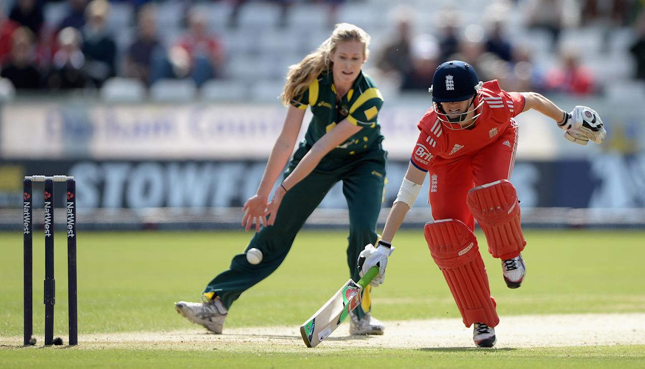 CHESTER-LE-STREET, ENGLAND - AUGUST 31:  Lydia Greenway of England makes her ground during the 3rd NatWest T20 match between England and Australia at Emirates Durham ICG on August 31, 2013 in Chester-le-Street, England.  (Photo by Gareth Copley/Getty Images)