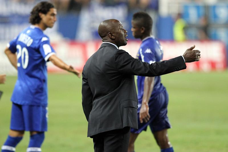 Bastia's head coach Claude Makelele, seen during their French Ligue 1 match against Marseille, at the Armand Cesari stadium in Bastia, Mediterranean island of Corsica, on August 9, 2014 (AFP Photo/Pascal Pochard-Casabianca)