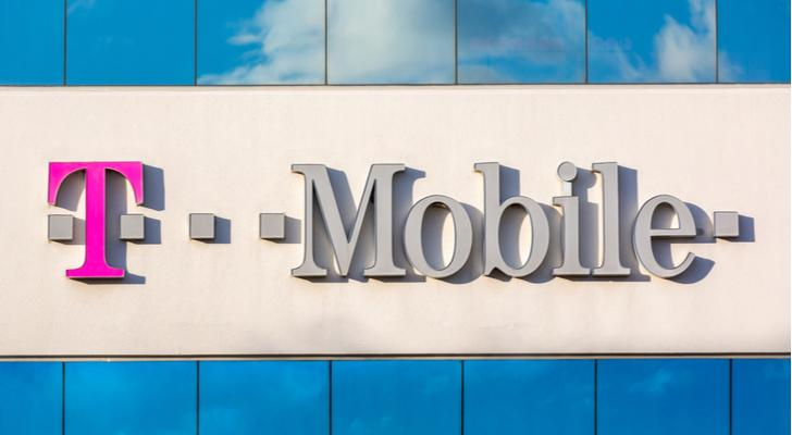 Recession-Proof Stocks: T-Mobile (TMUS)