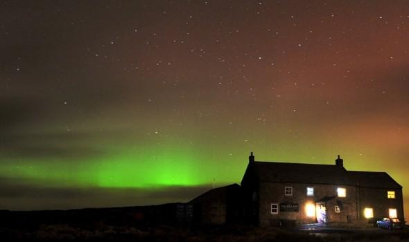Northern Lights give dazzling display - in Yorkshire!