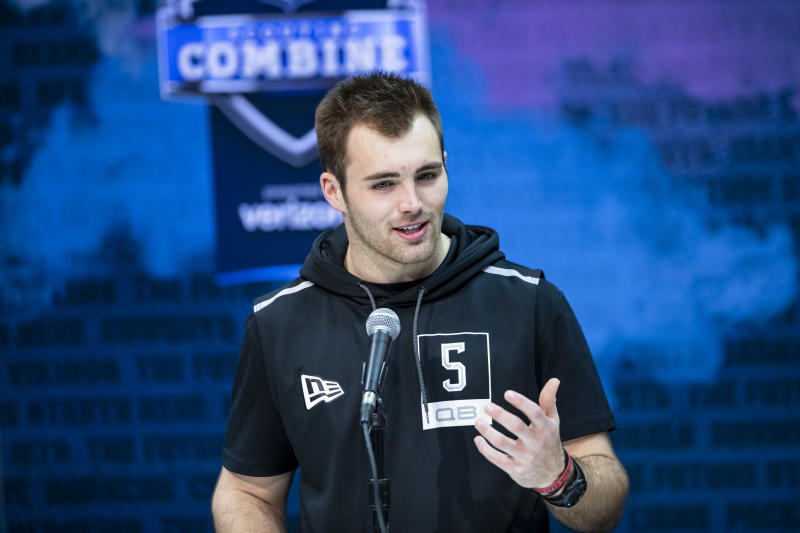 Georgia QB Jake Fromm wasn't able to boost his stock at the NFL scouting combine. (Photo by Michael Hickey/Getty Images)