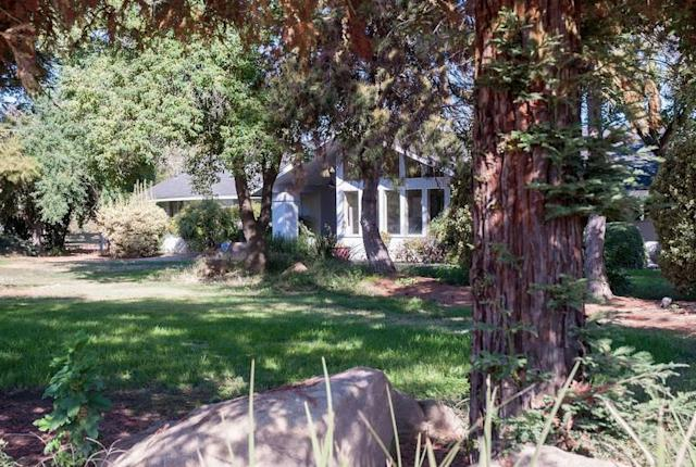 "<p>Another option stateside is this ""animal lover's paradise"" in Madera, Calif. (Airbnb) </p>"