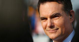 Jeff Gordon signs multi-year contract extension with FOX Sports