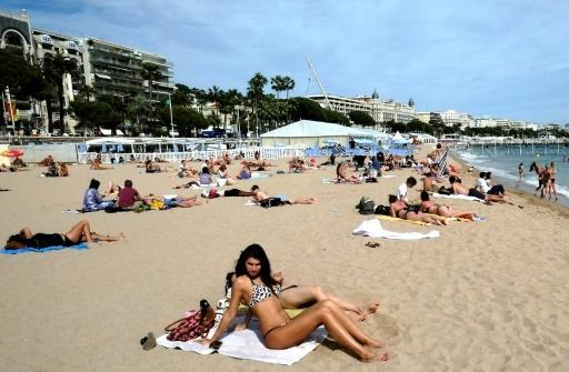 Evidence suggests men are less likely to protect themselves from the sun or heed public health warnings, researchers said