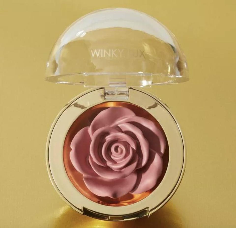 <p>How gorgeous is this <span>Winky Lux Cheeky Rose Blush</span> ($20)!? It looks stunning on you cheeks and on your vanity.</p>