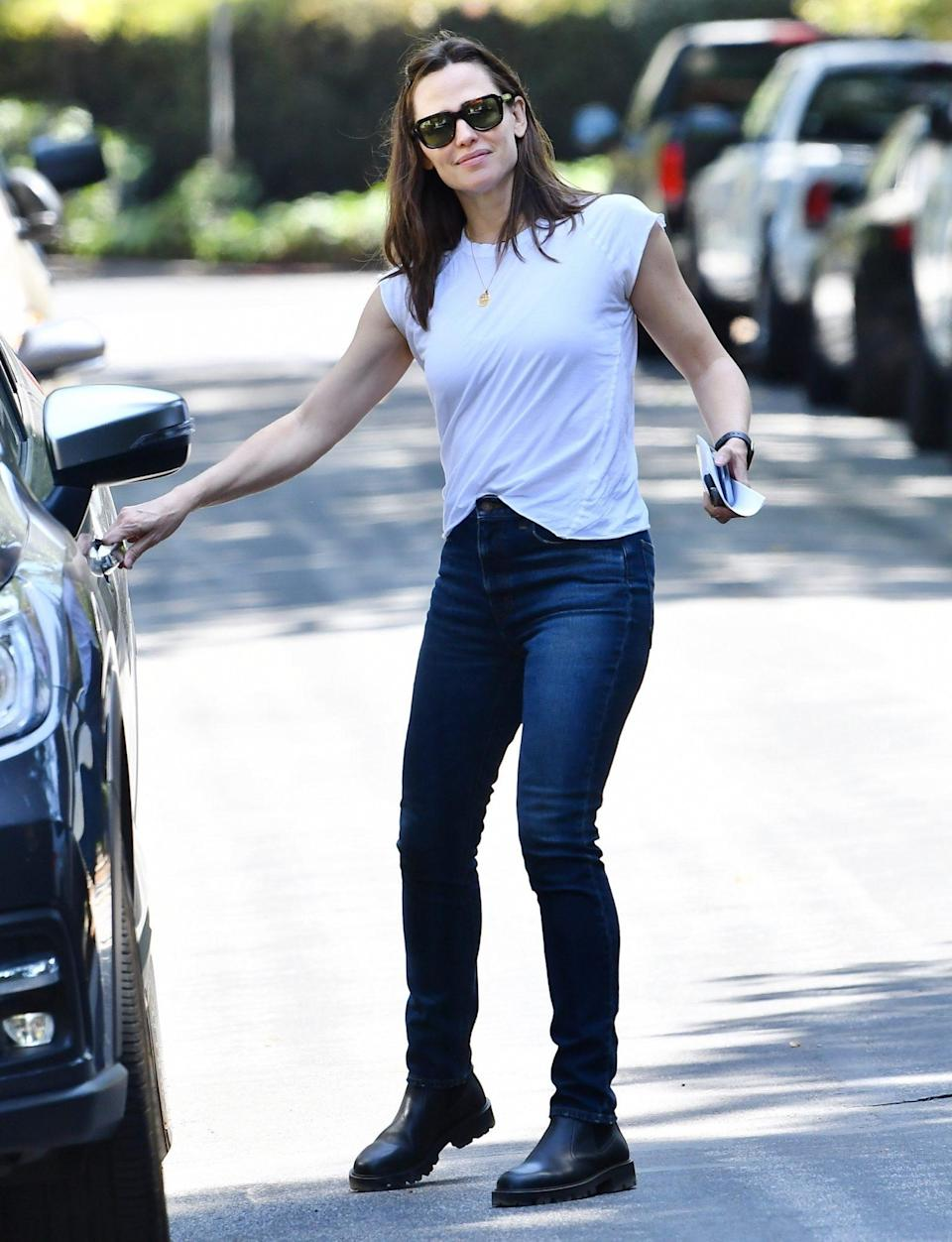 <p>Jennifer Garner heads to her new house in Brentwood to check on the construction on Tuesday.</p>