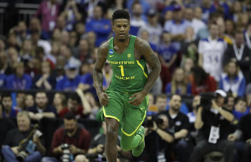 Bell averaged 10.9 points, 8.8 rebounds and 2.3 blocks per game this season to help lead Oregon to the Final Four. (AP)