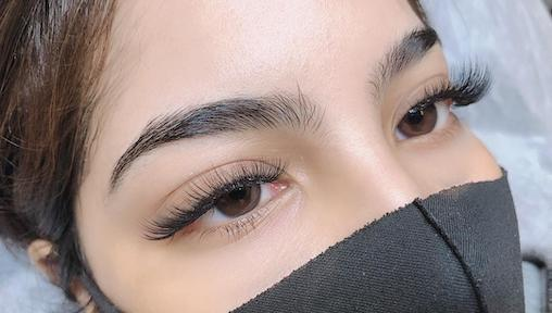 Ask the Expert: Highbrow on the Key Trends for Eyebrow Embroidery and Eyelash Extensions for 2021