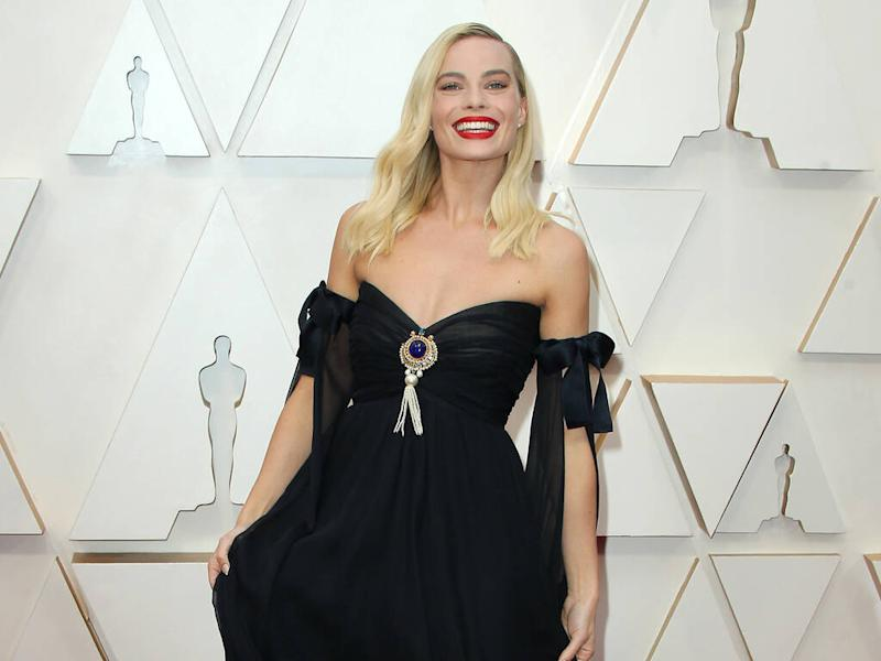 Margot Robbie instantly smitten by vintage Chanel outfit for 2020 Oscars