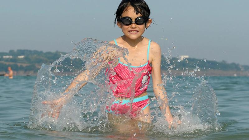 French study  warns about dangerous chemicals in children's sunscreen