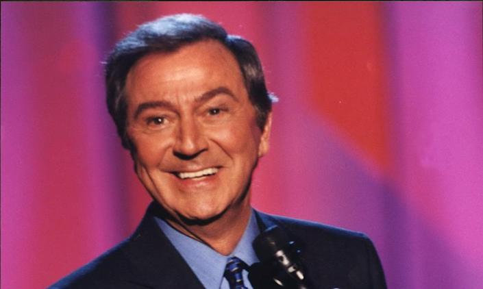Des O'Connor Tonight at Christmas, 2002