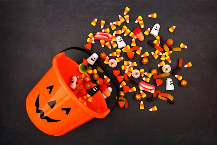 Americans will spend $2.6 billion on 600 million pounds of Halloween candy this year. Most of it comes wrapped in single-use packaging, for which there are few alternatives.  (Photo: jenifoto via Getty Images)
