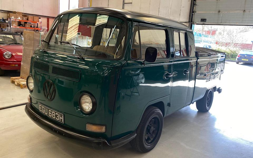 VW Type 2 pick-up converted to EV