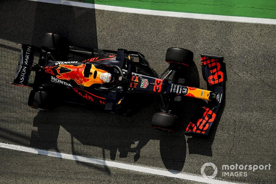 """Max Verstappen, Red Bull Racing RB16<span class=""""copyright"""">Mark Sutton / Motorsport Images</span>"""