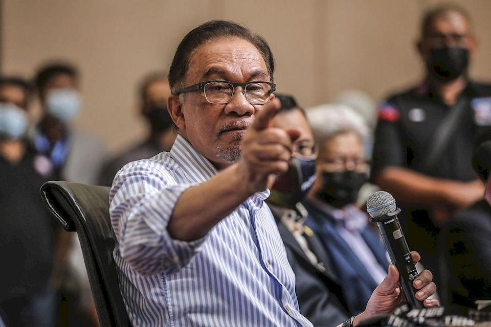 The PKR president also pointed out that other multinationals and foreign direct investment (FDI) opportunities are opting away from Malaysia over the last few months, a trend that he accused the Perikatan Nasional (PN) government of trivialising. ― Picture by Hari Anggara