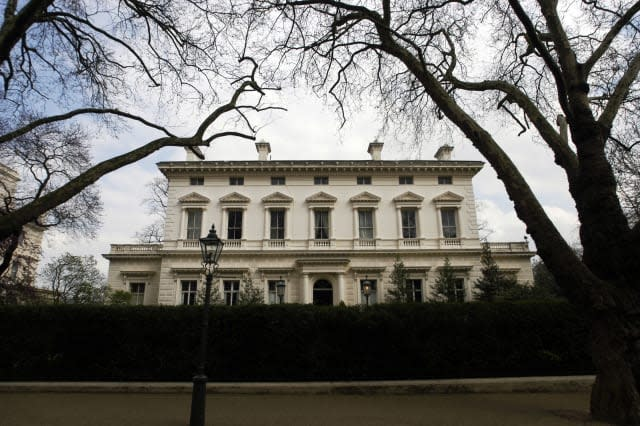 The front facade of the world's most expensive house, 15 Pal