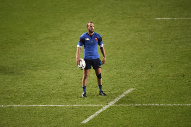(FILES) This file photo taken on October 01, 2015 shows France's fly half Frederic Michalak preparing to kick the ball during the Pool D match of the 2015 Rugby World Cup between France and Canada at Stadium MK in Milton Keynes, north of London.Former France international fly-half Frederic Michalak said on December 18, 2017, he would retire from rugby at the end of the season. The 35-year-old, who made 77 appearances for France, was a key part of a strong Stade Toulouse team over a seven-year spell and also enjoyed stints at South African clubs, said he will finish his career at his current Top 14 side Lyon. (AFP Photo/BERTRAND LANGLOIS)