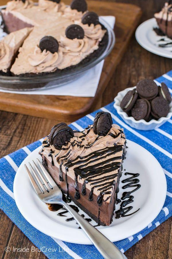 "<p>This chocolate cake is so easy to whip up, you don't even need an oven.</p><p><strong>Get the recipe at <a href=""http://insidebrucrewlife.com/2017/06/no-bake-chocolate-cream-pie/"" rel=""nofollow noopener"" target=""_blank"" data-ylk=""slk:Inside Bru Crew Life"" class=""link rapid-noclick-resp"">Inside Bru Crew Life</a>. </strong> </p>"