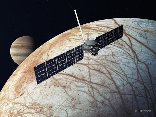 SpaceX Lands $178 Million for NASA Launch Contract for Jupiter's Moon Europa